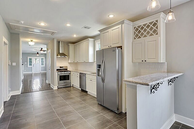 - Kitchen Cabinets -G2 Ivory White jacksonville solid wood cabinets G 826 Avigna Granite World